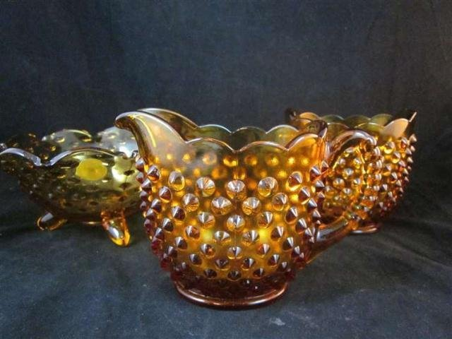 15: AMBER HOBNAIL GLASS, 3 PIECES SOLD TOGETHER - CREAM