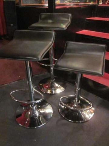 23: SET OF 3 BLACK LEATHER BARSTOOLS WITH CHROME BASES,