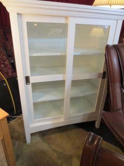 11: WHITE FINISH CABINET WITH SLIDING GLASS DOORS, APPR