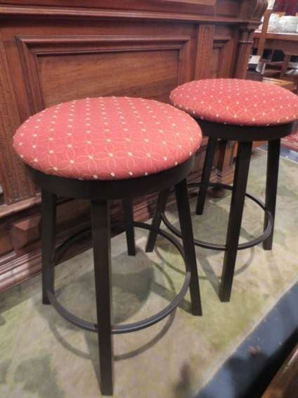 9: 2 PC SET NEW, NEVER USED COMTEMPORARY BARSTOOLS, COU