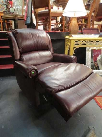 12: ELECTRIC RECLINER, BROWN LEATHER, ROLL ARMS, EXCELL