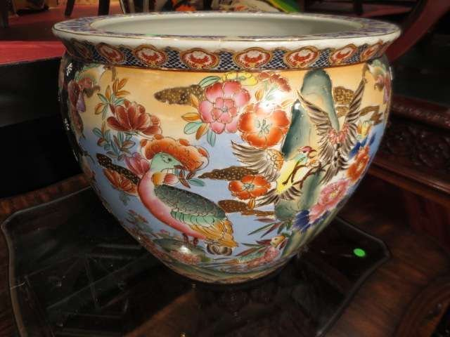 4: LARGE ORIENTAL STYLE GOLDFISH BOWL, PAINTED BIRDS AN