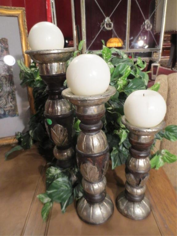 16: 3 PC CANDLE HOLDER SET, SILVER FINISH, TALLEST APPR