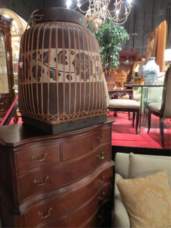 6: LARGE RATTAN AND WOOD URN OR TEA BASKET WITH LID, AP