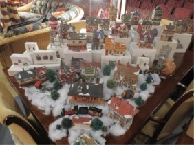 HUGE COLLECTION DEPT. 56 CHRISTMAS DISPLAYS - DICKE