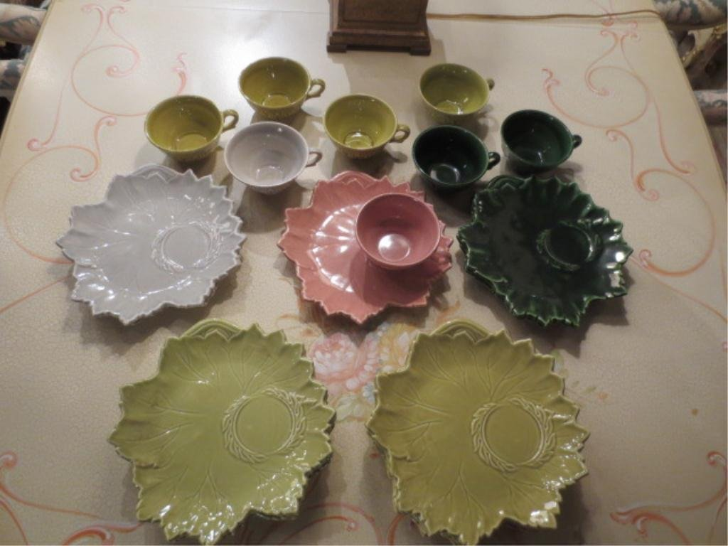 21: WOODFIELD BY STEUBENVILLE POTTERY 23 PIECE GROUP -