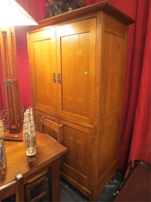 24: ARTS AND CRAFTS STYLE OAK ARMOIRE, EXCELLENT CONDIT