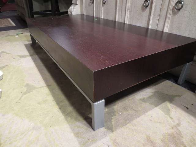 13: CONTEMPORARY ESPRESSO FINISH COFFEE TABLE, BRUSHED