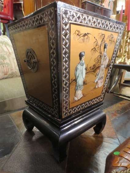 22: CHINESE PLANTER, BLACK AND GOLD LACQUER WITH PAINTE