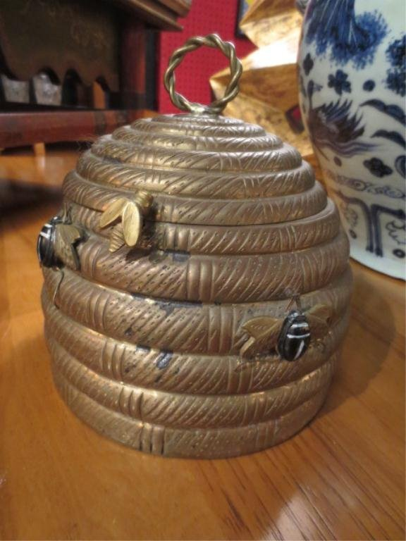 78: MOTTAHEDEH BRASS BEEHIVE CONTAINER WITH HINGED LID, - 2