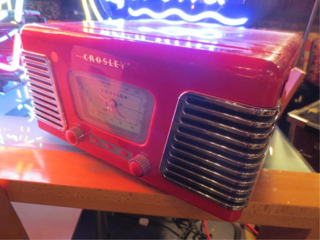 """3: REPRODUCTION VINTAGE RADIO, APPROX 14"""" L"""