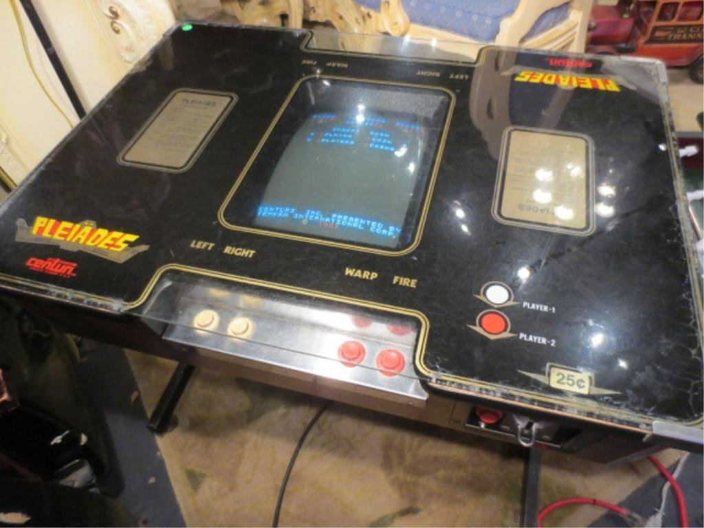"""7: VINTAGE ELECTRONIC ARCADE VIDEO GAME """"PLEIADES"""", IN"""