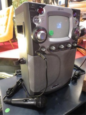 PORTABLE KARAOKE MACHINE WITH 2 MICROPHONES