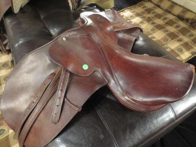 LEATHER DRESSAGE SADDLE, VERY GOOD CONDITION, MINOR WEA