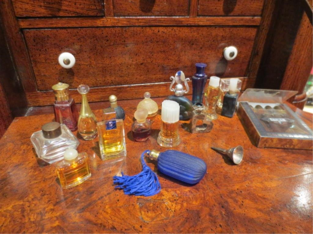 COLLECTION OF 17 MINI PERFUMES, WITH FILLER FUNNEL & TH