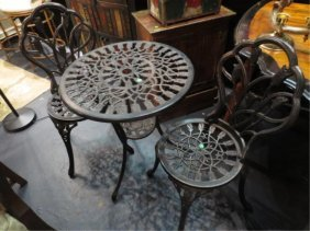 3 PC METAL BISTRO SET, EXCELLENT CONDITION