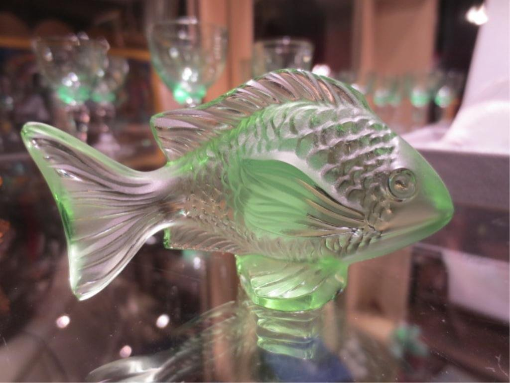 """LALIQUE CRYSTAL DAMSELFISH, GREEN, APPROX 1.75""""H, WITH"""