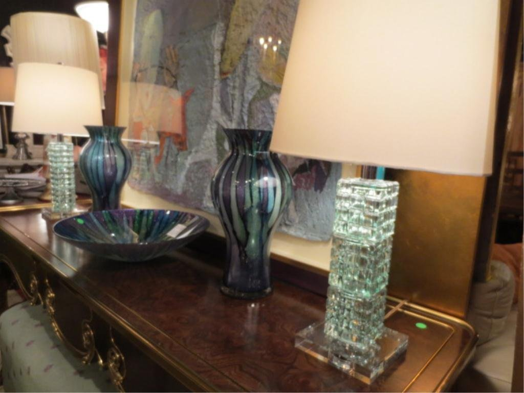 PAIR NEW BROYHILL CONTEMPORARY CRYSTAL LAMPS, PALE GREE