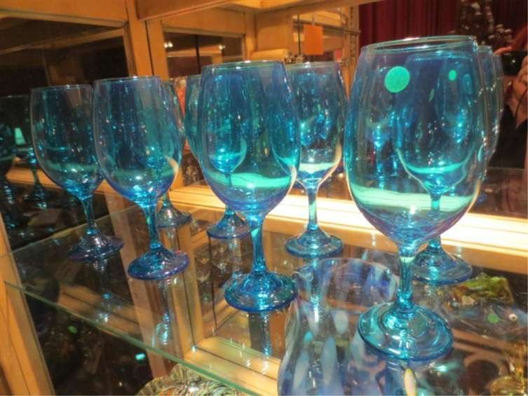 """8 BLUE WINE GLASSES, APPROX 8.5""""H"""