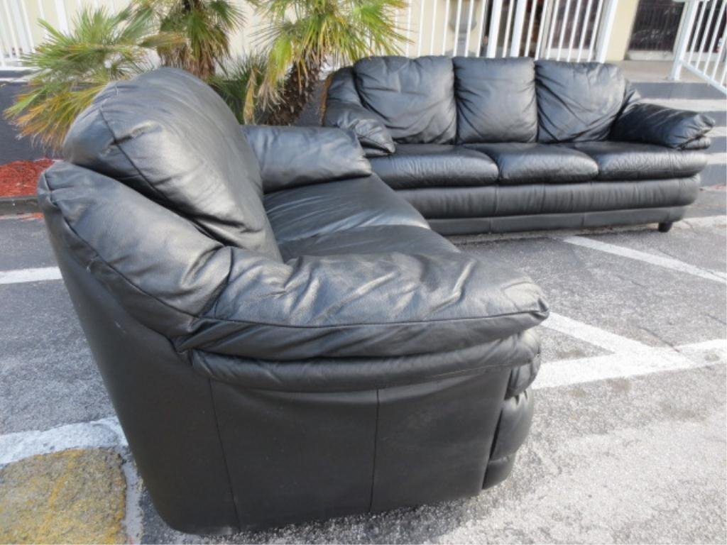 BLACK LEATHER 2 PC SOFA AND LOVESEAT SET, VERY GOOD CON