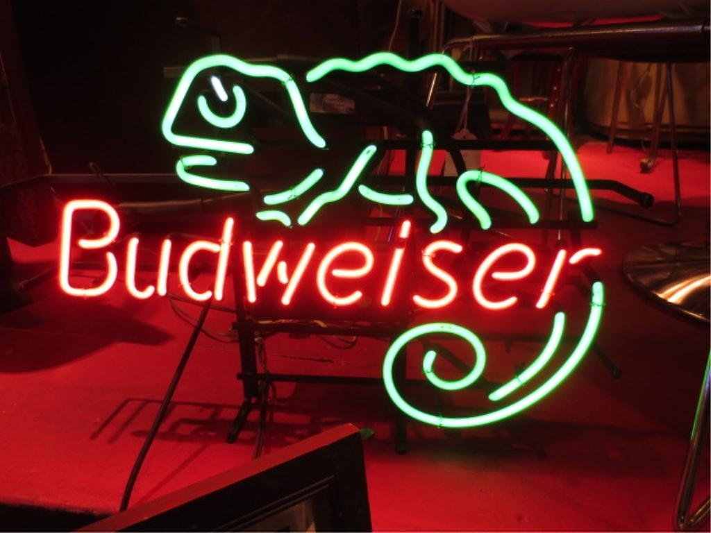 NEON BUDWEISER SIGN, WITH ICONIC GREEN CHAMELEON, VERY