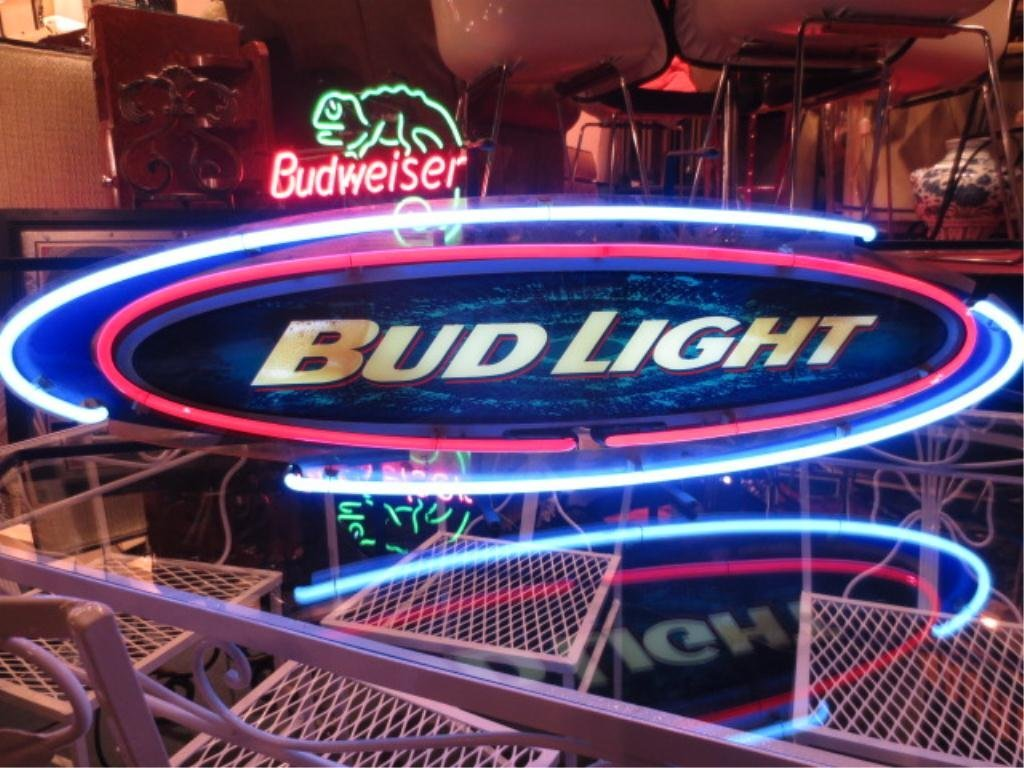 NEON BUD LIGHT SIGN, WITH OVAL BLUE AND RED LOGO, APPRO