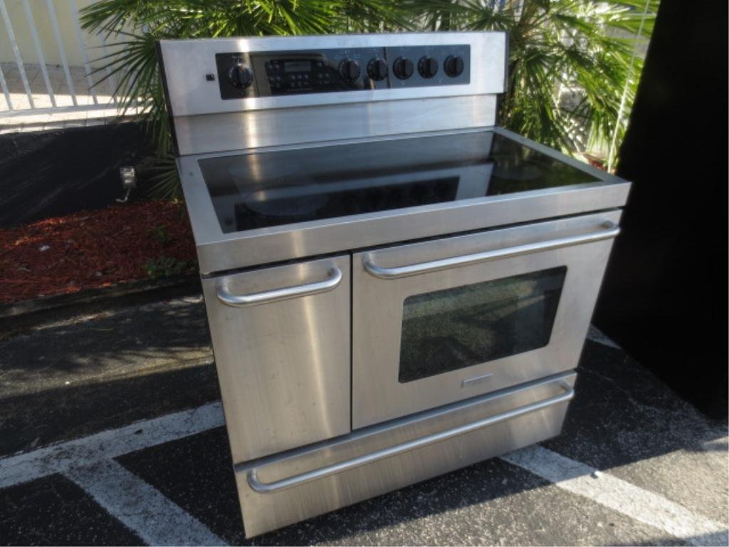 """FRIGIDAIRE STAINLESS STEEL 40"""" FREESTANDING ELECTRIC RA"""