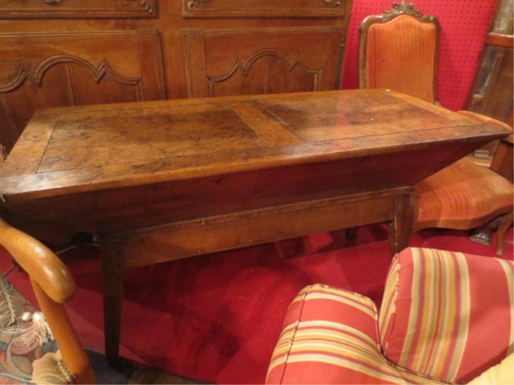 18TH CENTURY FRENCH CARVED WOOD DOUGH TROUGH, W/TOP