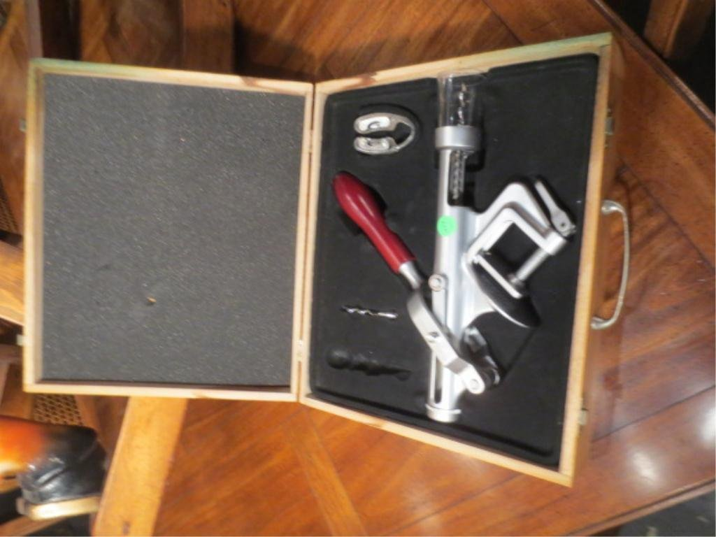 BOXED SET WINE ACCOUTREMENTS, INCLUDES BOTTLE OPENER