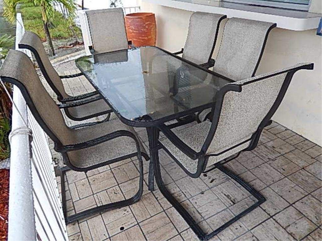 PATIO TABLE WITH 6 CHAIRS, CONTEMPORARY METAL DESIGN,