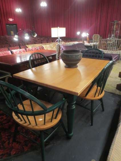 WILLIAMS SONOMA ROCK MAPLE DINING TABLE WITH 4 CHAIRS,