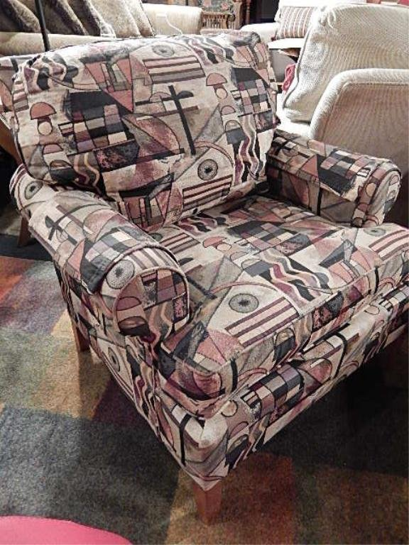 TRANSITIONAL ARMCHAIR IN CONTEMPORARY PRINT UPHOLSTERY,