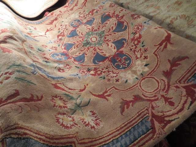 LARGE ORIENTAL RUG, BEIGE WITH BLUE AND RED, APPROX 9'