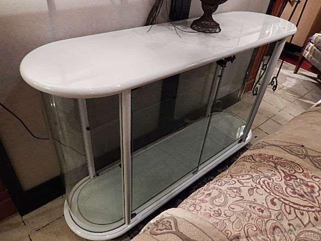 MODERN DESIGN GLASS VITRINE CONSOLE CABINET, WHITE