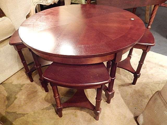 5 PC ROUND WOOD COFFEE TABLE WITH 4 SMALL NESTING