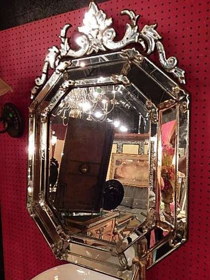 VINTAGE VENETIAN STYLE MIRROR, ORNATE ETCHED MIRRORED