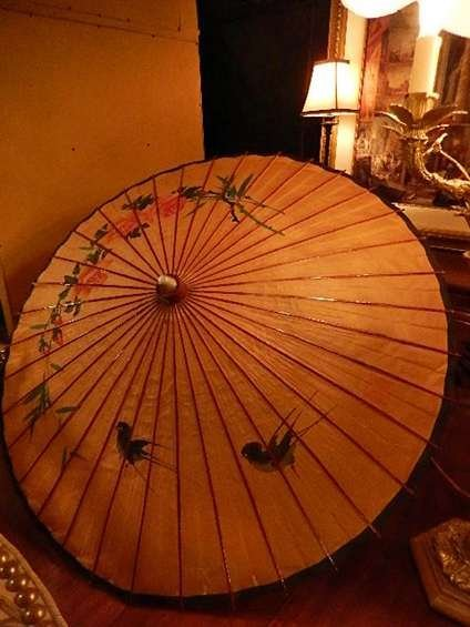 """CHINESE UMBRELLA, BIRDS AND FLOWERS, APPROX 30""""DIAMETER"""