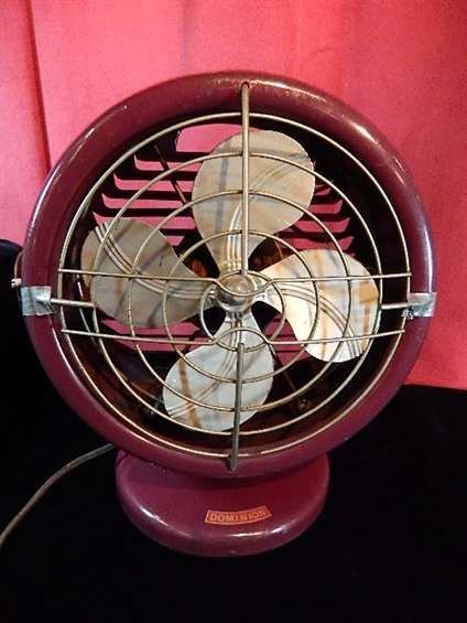 """VINTAGE DOMINION ELECTRIC CO. FAN , APPROX 14""""H"""