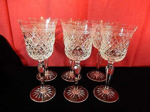 6 WEDGWOOD CRYSTAL WINE GLASSES, WITH ETCHED WEDGWOOD