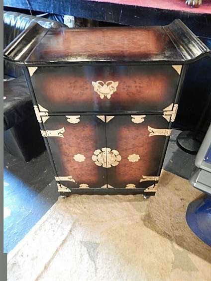 CHINESE STYLE CHEST, SINGLE DRAWER OVER 2 DOOR CABINET,