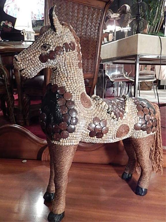 HORSE SCULPTURE, WITH WOOD TILES, SEEDS AND ROPE,