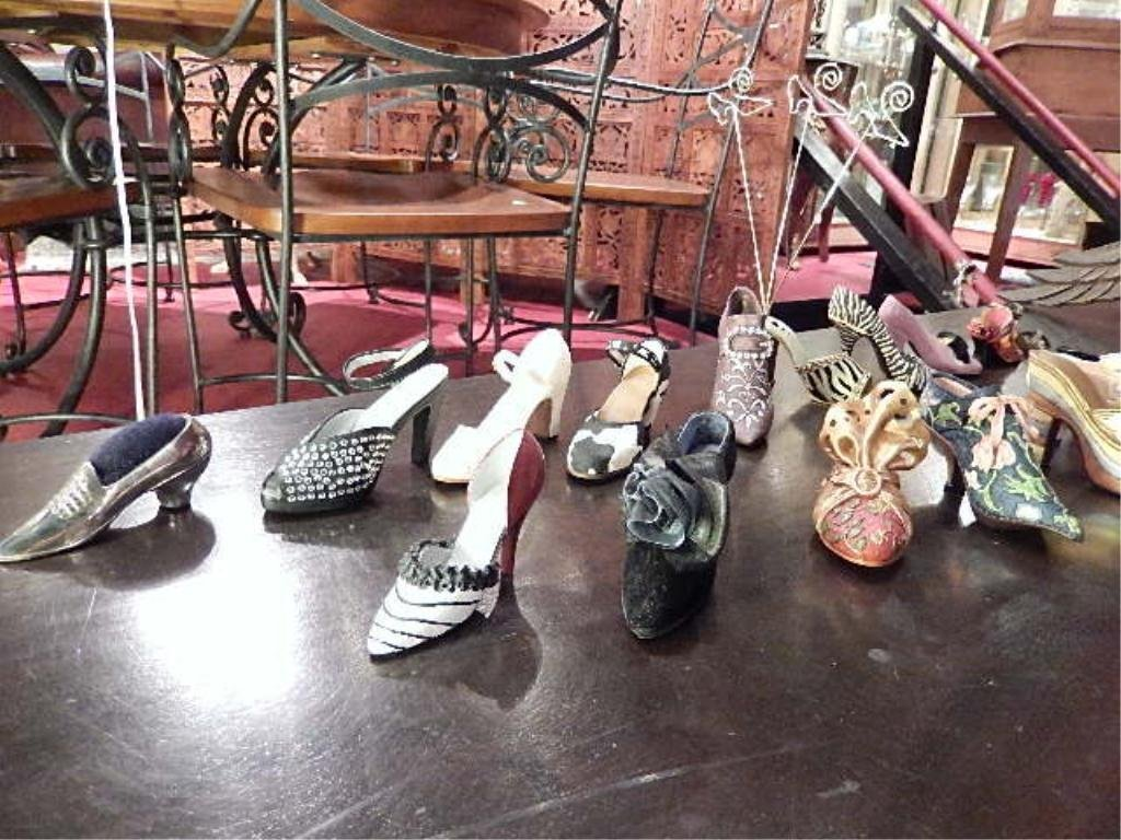 18 COLLECTIBLE SHOE FIGURINES, SOLD AS A GROUP - 2
