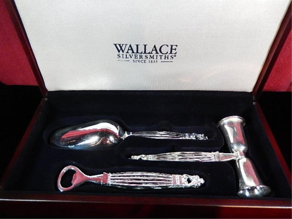 3 PC WALLACE SILVERPLATE BARWARE SET IN BOX