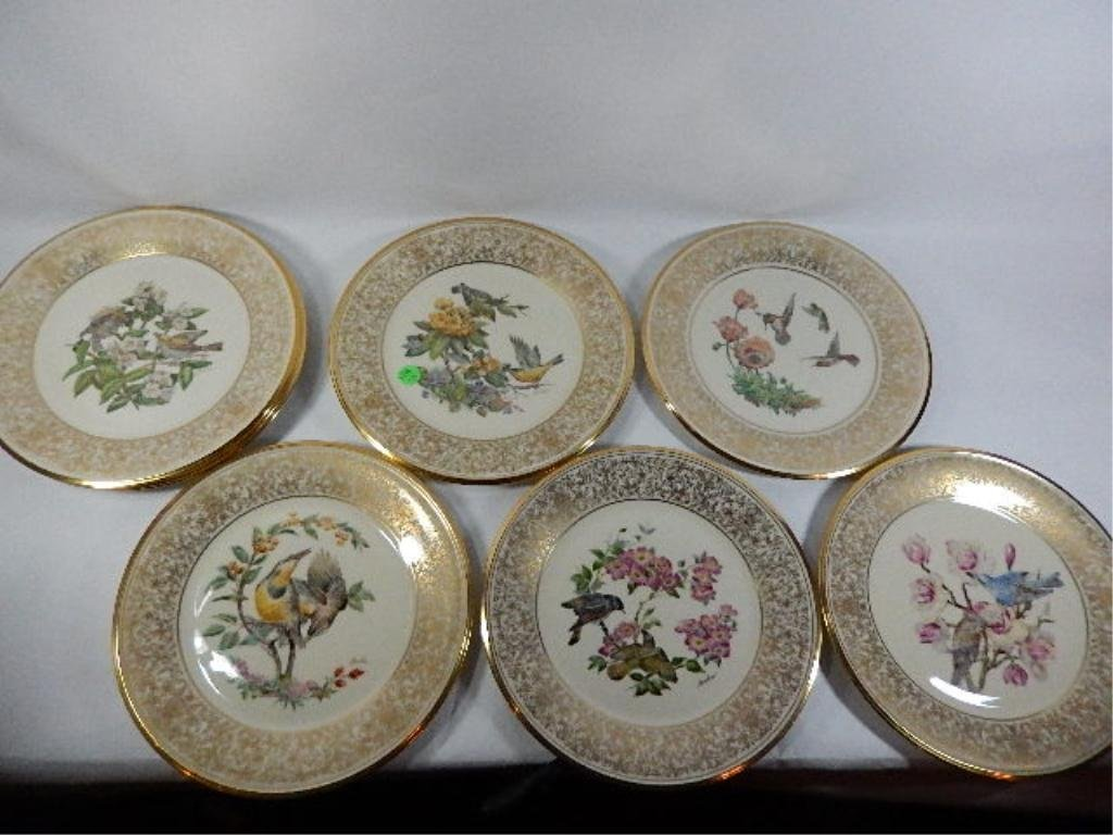 8 BOEHM BIRDS ANNUAL LIMITED ISSUE COLLECTOR PLATES, BY