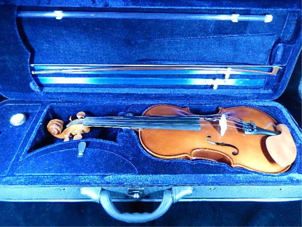 VIOLIN IN CASE, WITH BOW, RESIN & KORG SOLO  TUNER