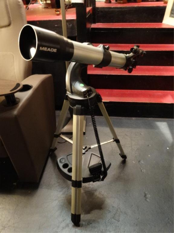 MEADE TELESCOPE WITH COMPUTER CONTROL, D=80mm, F=800mm,