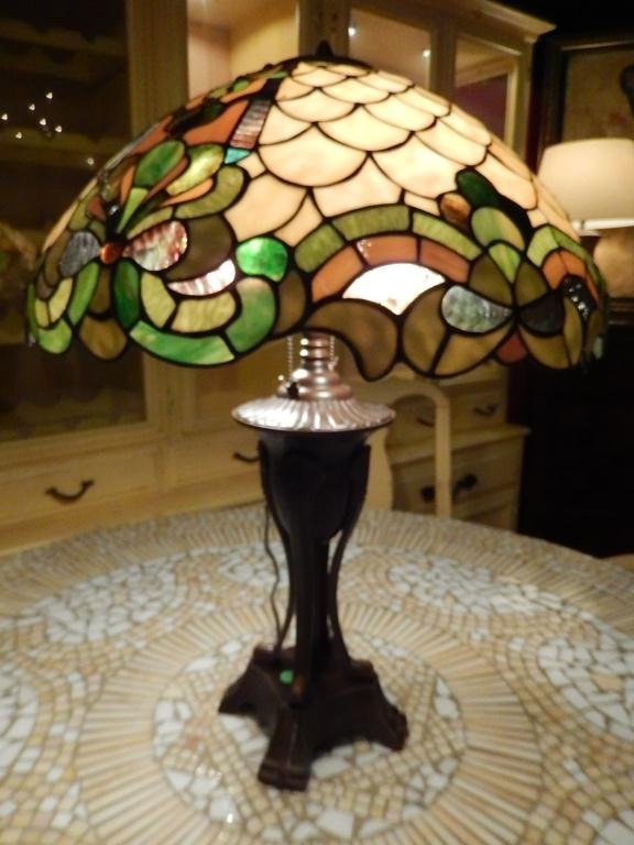 LARGE STAINED GLASS LAMP, LEAF AND FLORAL MOTIF DOME