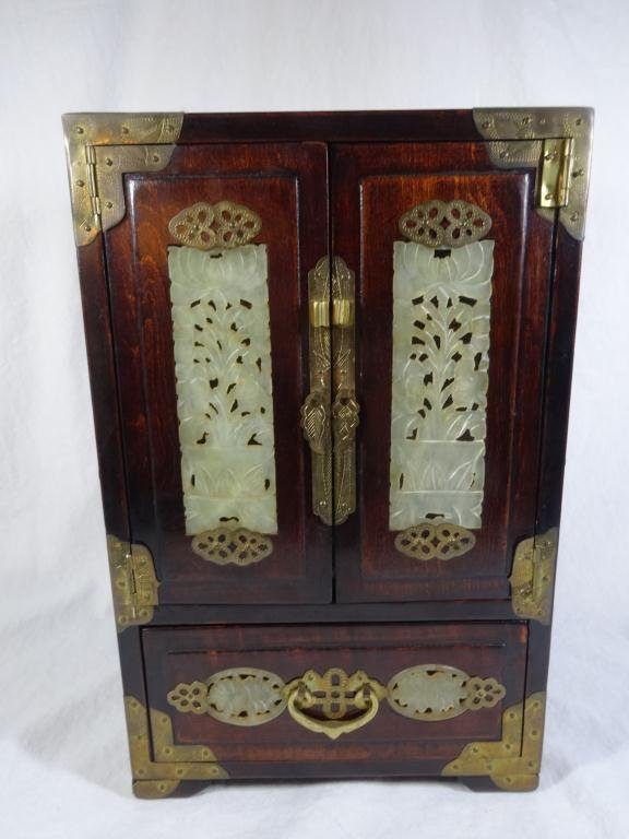 ROSEWOOD JEWELRY BOX WITH INLAID CARVED JADE  PANELS