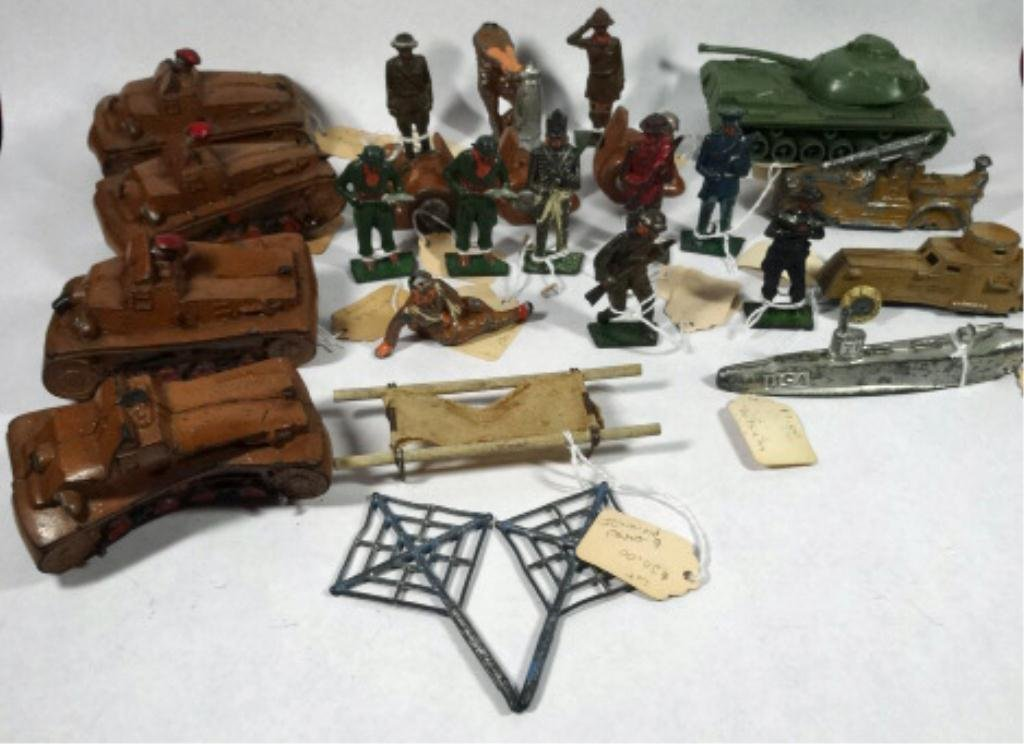 25 PC ASSORTED TOY SOLDIERS & ACCESSORIES, MANY PRE