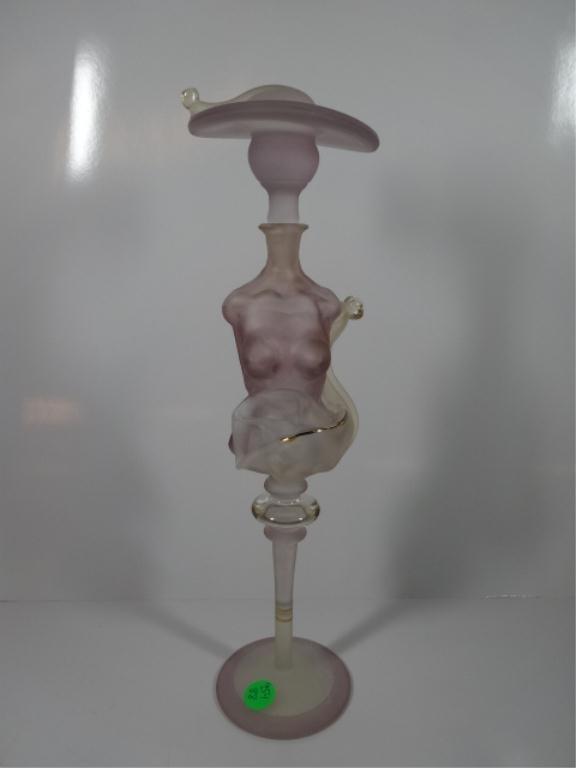 ART GLASS PERFUME BOTTLE SHAPED LIKE AN ART DECO WOMAN
